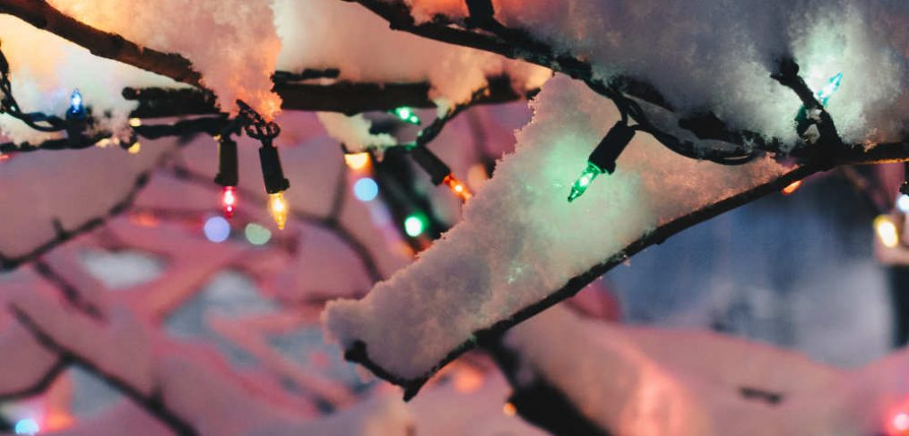 Lichterketee Deko Idee Weihnachten für draußen