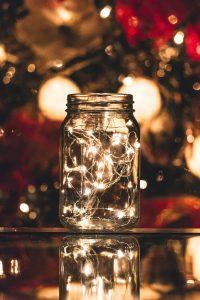 Dekoidee Weihnachten: Lichterkette im Glas