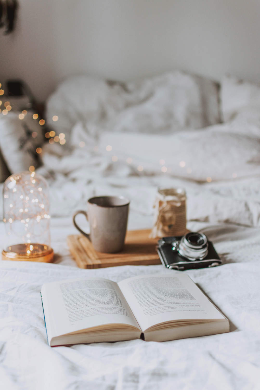 Lichterketten gemütlich im Bett